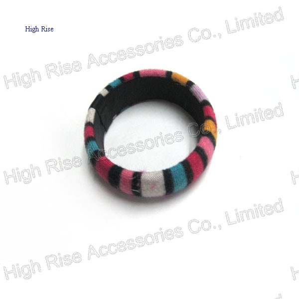 Soft-Touch Wrapped Bangle