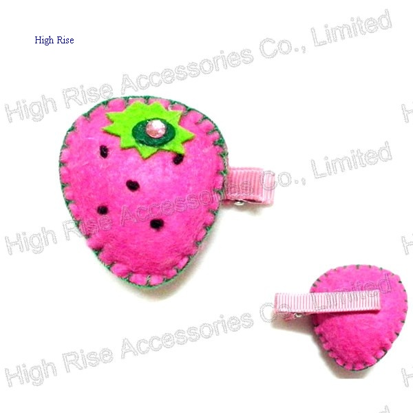 Felt Strawberry Duck Clip