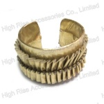Crystal Wrinkle Fringe PU Leather Bangle